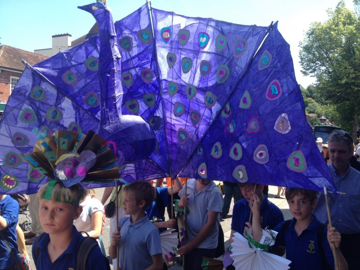 CARNIVAL-PUPPET-MAKING-WITH-CREATING-ARTS-in-OXFORDSHIRE-for-Winchester-Hat-Fair