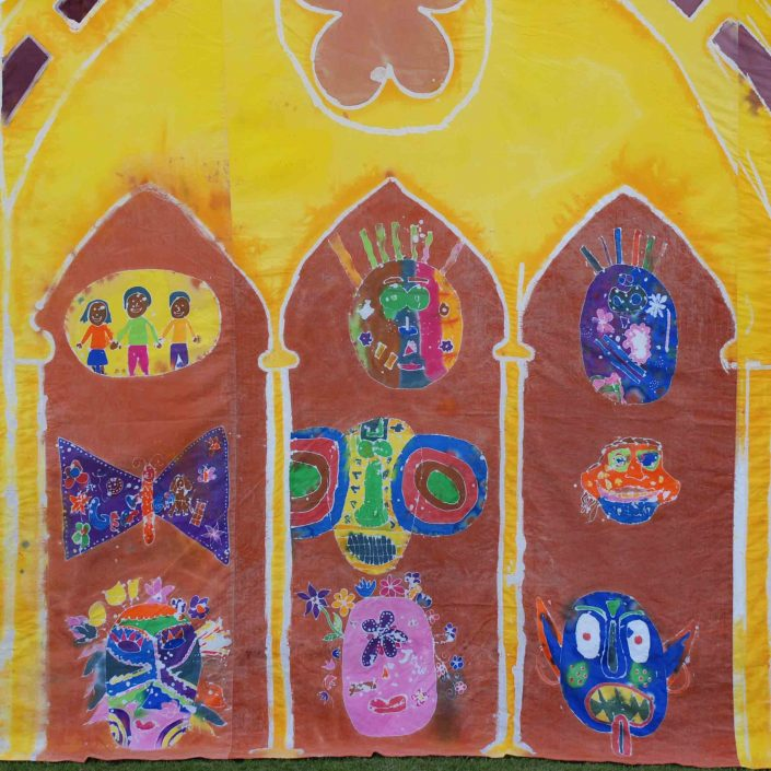 WORKSHOP-CREATING-ARTS-in-OXFORDSHIRE-Kids-Adult-Childrens-Youth-Batik